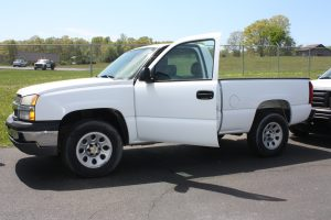 '05 Chevy 1500 4WD 111,559 Miles