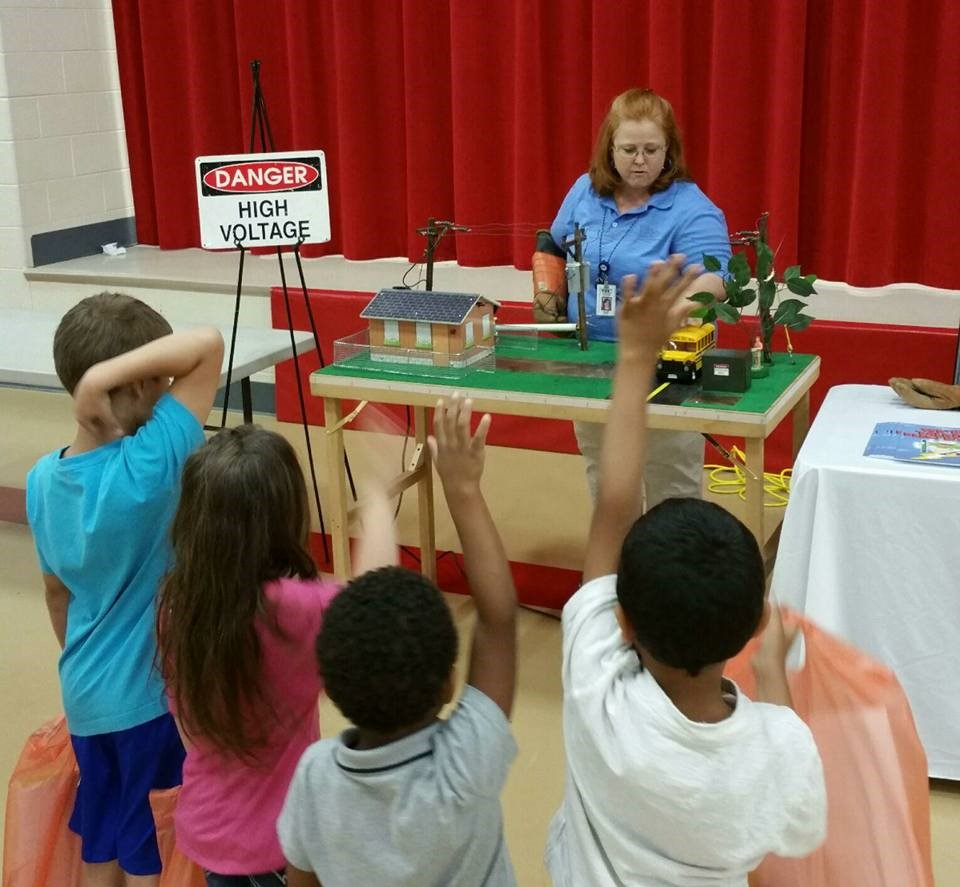 Julie Jones teaches safety to students during a health fair at Park View Elementary in Cleveland,TN.